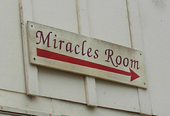 miracles-room-2